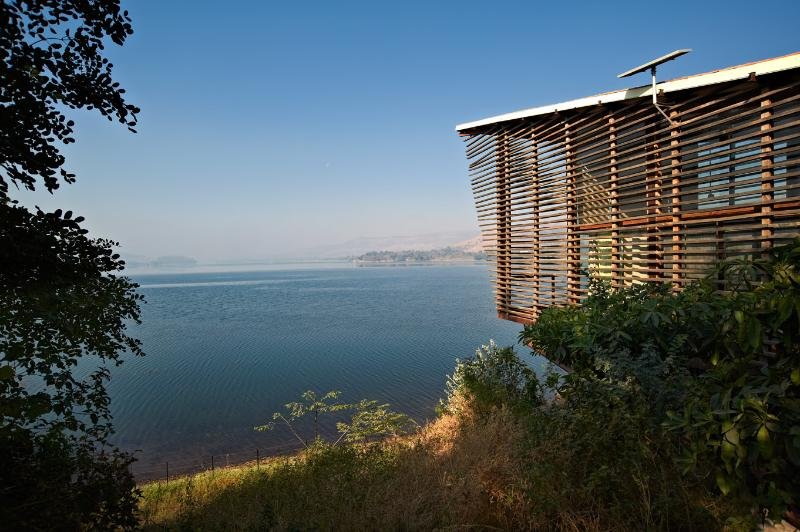 Over Water with Khadakwasla lake as its backdrop - Over Water a cabin over the Khadakwasla Lake ,Pune - Pune - rentals