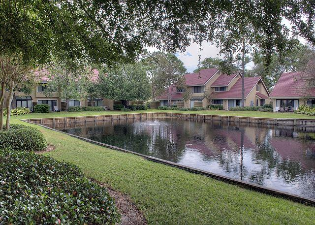Beachwalk Lake View - Recently updated . Would be a great place to spend Labor Day!! - Sandestin - rentals