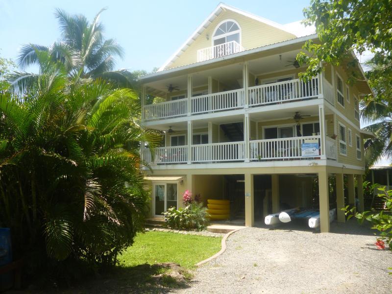 Bocas Beach Villas Main Condo Building With Condos 1 Through 5 - Very nice, modern, 1 bedroom condo - Bocas del Toro - rentals