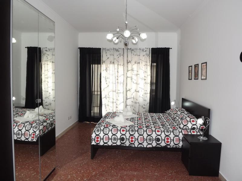 Kokoroma Modern Apartment - Image 1 - Rome - rentals