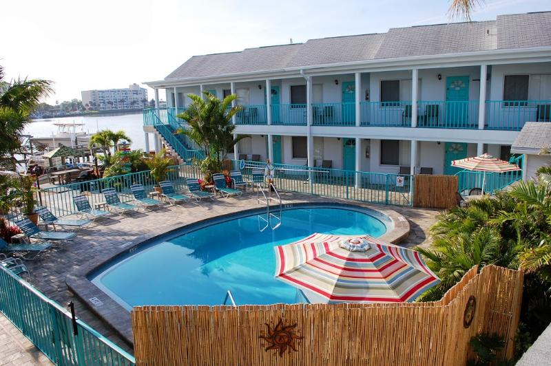 Five Palms Suite 107 - Image 1 - Clearwater - rentals