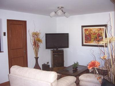 Luxury 1 bedroom apartment in the heart of miraflores - Image 1 - Lima - rentals