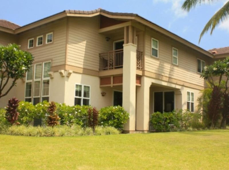 outside view of the condo - Location, Value! *new floor* Modern Spacious Private 3Bed Mountain/Fairway Views - Waikoloa - rentals