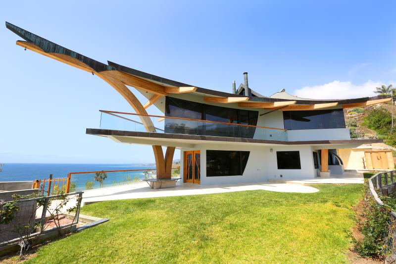 Eagle's Watch Malibu- Architectural w/ Ocean views - Image 1 - Malibu - rentals