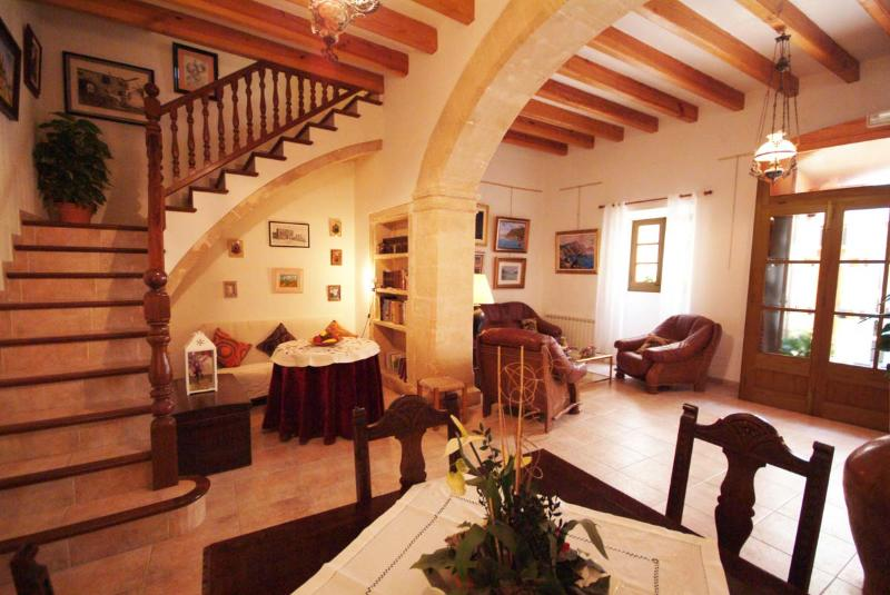 The Artist´s Boutique House in Alcudia Old Town - Image 1 - Alcudia - rentals