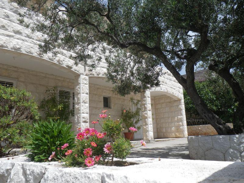 Double Bed private ensvite - Buzolic - Image 1 - Hvar - rentals