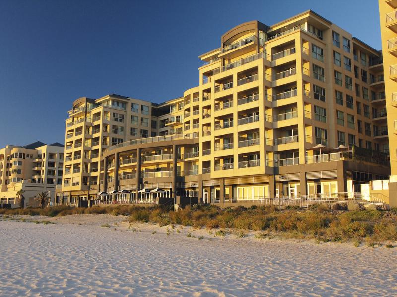 Oaks Plaza Pier Hotel - Executive Escape @ Beachfront Glenelg - Glenelg - rentals