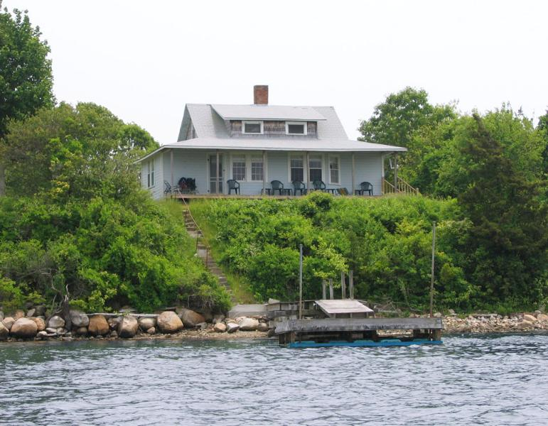 View from the pond - Double Camp at Kagels Cottages - Narragansett - rentals