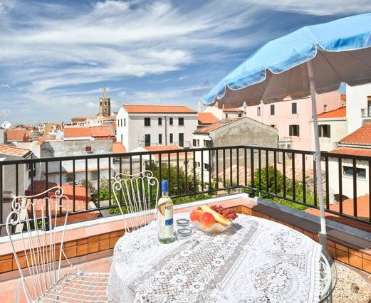 Spectacular terrace with seaview in old town - Image 1 - Alghero - rentals