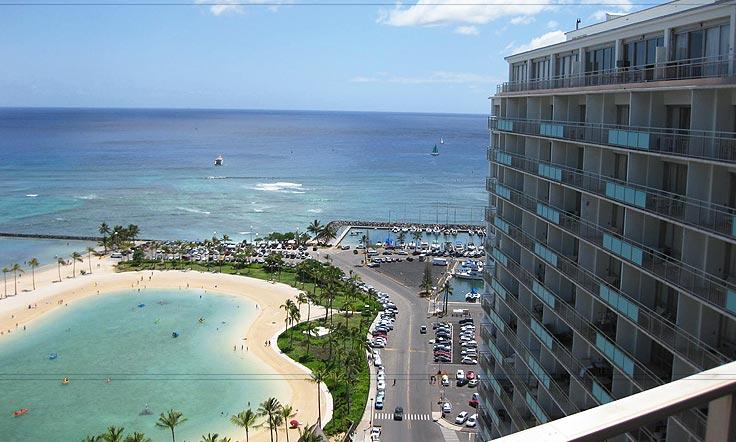 Deluxe 2-Bedroom Waikiki Condo..steps to the Sand! - Image 1 - Honolulu - rentals