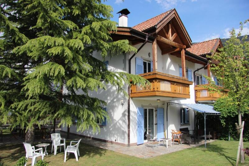 Villa Luisa - Surrounded by apple-treees in a very quiet area - Bolzano - rentals