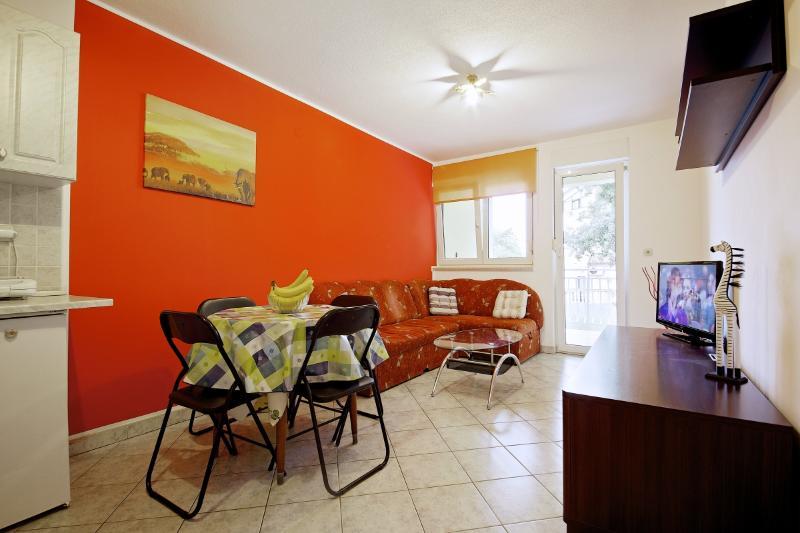 Apartman Betti - Image 1 - Pula - rentals