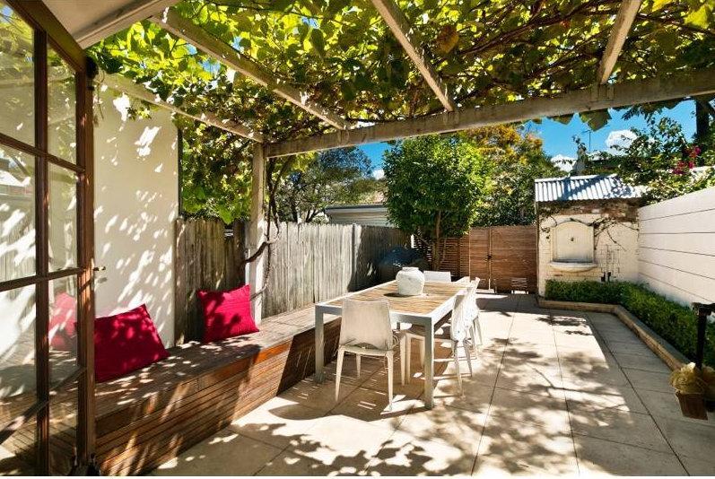 COURTYARD - Erko Terrace-2 Bedroom inner city house. - Sydney - rentals