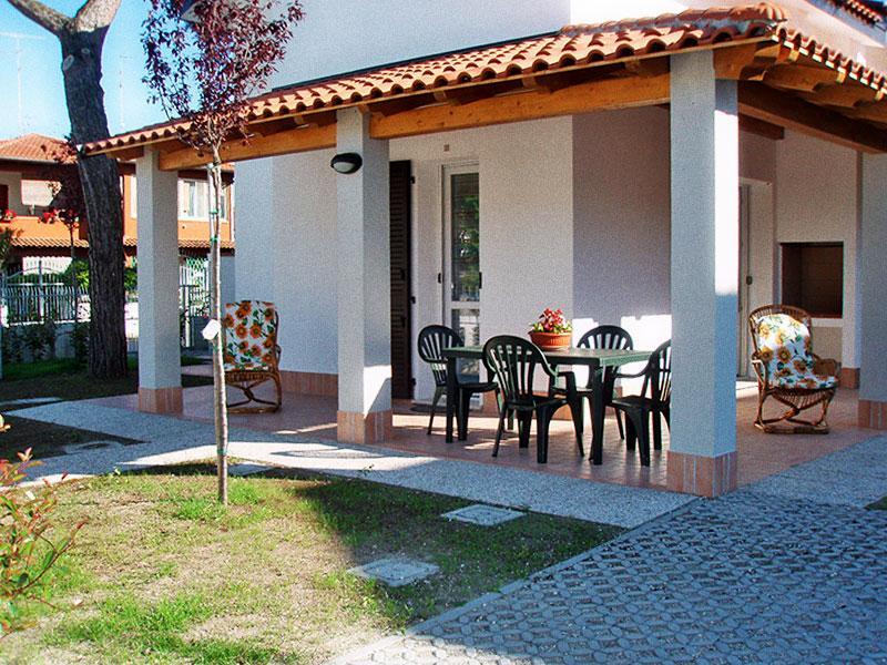 Ampio giardino angolare con posto auto interno - Villa di nuova costruzione con giardino angolare - Lido delle Nazioni - rentals