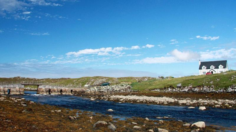 Valasay showing the tidal sea loch - Valasay - Great walking, Sea Views + Free WIFI - Isle of Lewis - rentals