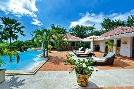 La Nina - Beautiful villa with private pool, gazebo & shared gym & tennis court - Image 1 - Terres Basses - rentals
