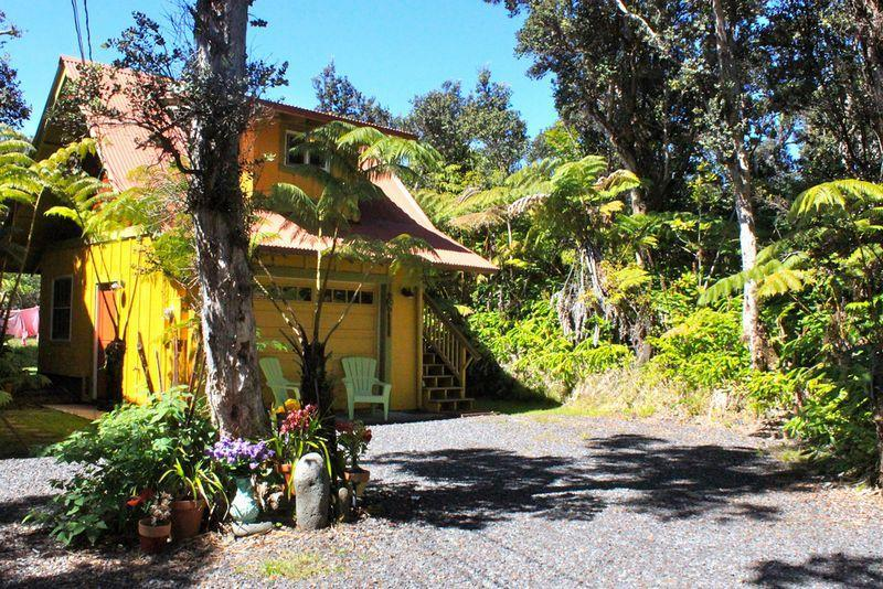 Mountain Cottage Adorably Romantic - Image 1 - Volcano - rentals