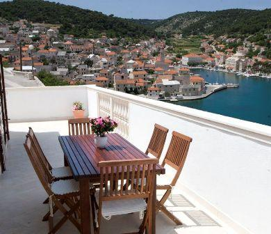IMG_8924.JPG - Three-bedroom Apartment with Fabulous Sea Views - Brac - rentals