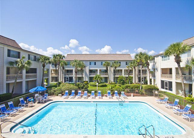 "One of two oceanfront pools at the condo complex! - Four Winds C-7, 2 pools, brand new King Size Mattress, 37"" HDTV, Wifi - Saint Augustine - rentals"