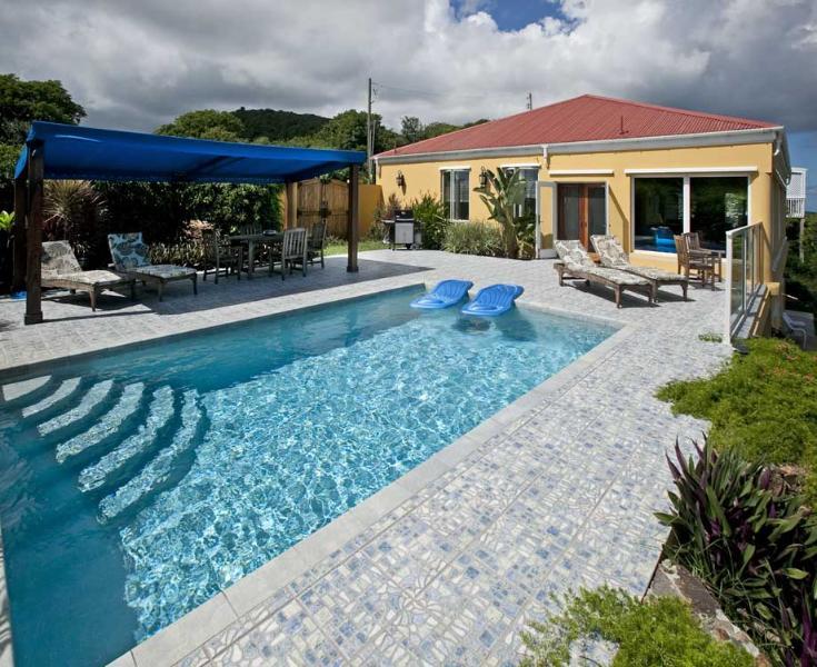 - Moonswept - Coral Bay - rentals