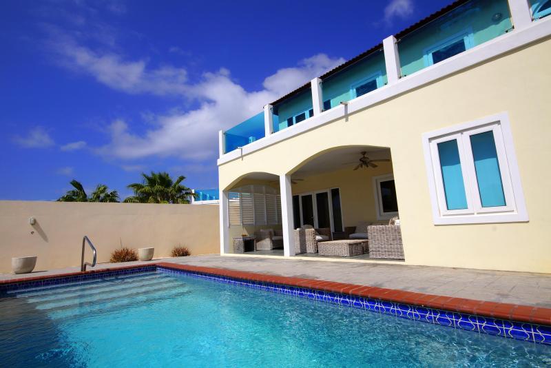 Merlot Villas Aruba Luxury Villa with Large Private Pool - Spacious Private Villa & Pool walk to Palm Beach! - Noord - rentals