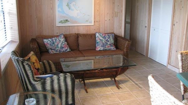 Van Dyke Apartment - Image 1 - Green Turtle Cay - rentals