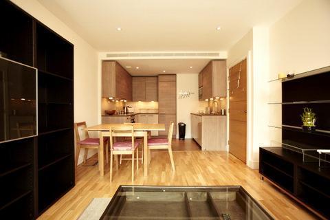 Dining facilities - 5f0e6436-7d0c-11e0-9a48-b8ac6f94ad6a - London - rentals
