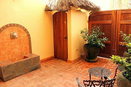Private Courtyard - Casa Alegre - Duplex in town! - San Pancho - San Pancho - rentals
