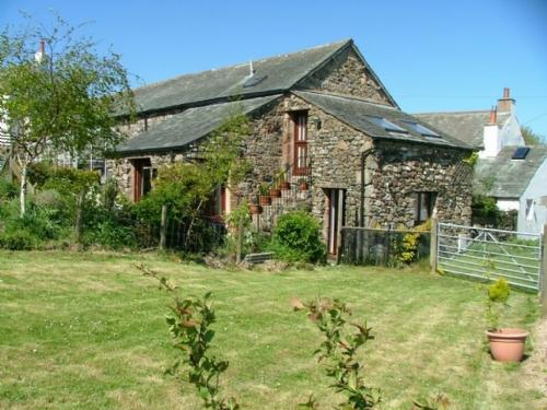 THE GRANARY, Ruthwaite, Nr Ireby, Keswick - Image 1 - Keswick - rentals