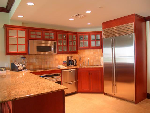 Gourmet Kitchen with stainless steel appliances - Kauai Luxury Condo with Ocean Views - Kapaa - rentals