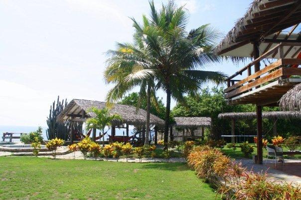 Extraordinary outside yard and view - Amazing oceanfront beach house in Ecuador - Las Tunas - rentals