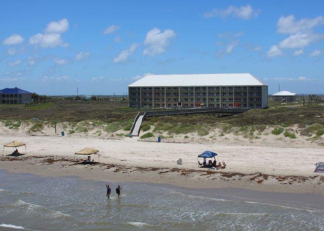 2 bedroom 2 bath beachfront condo at FABULOUS Grand Carribean! - Image 1 - Port Aransas - rentals