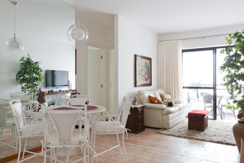 2 Bedroom Apartment with Pool in Vila Olimpia - Image 1 - Sao Paulo - rentals