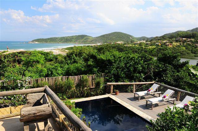 Gorgeous 4 Bedroom House In Praia Do Rosa - Image 1 - Imbituba - rentals