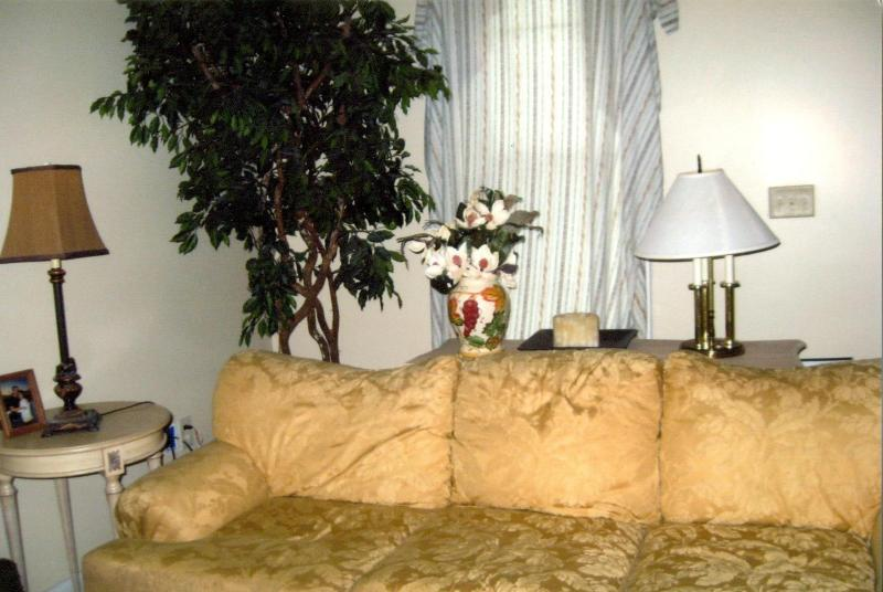 Hip Bywater Guest House - New Orleans on a Budget! - Image 1 - New Orleans - rentals