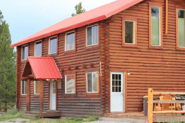 Sportsman's Cabin - Sportsmans Cabin in Island Park ID Sleeps Up To 20 - Island Park - rentals