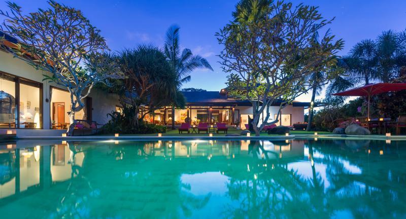 Villa Paloma - Bali Beachside Canggu 5 bdrm luxury family Villa P - Canggu - rentals
