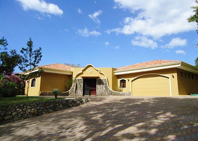 Welcome to Casa Tropical! - Casa Tropical - One Level Custom Built Family Home with Guesthouse - Playa Hermosa - rentals