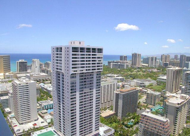 Island Colony #4216-Deluxe Ocean View Studio! - Image 1 - Honolulu - rentals