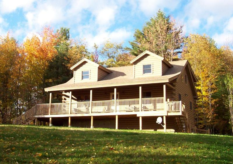 Hilltop View Lodge - Hilltop View Lodge! Lovely cabin in the White Mtns - North Haverhill - rentals