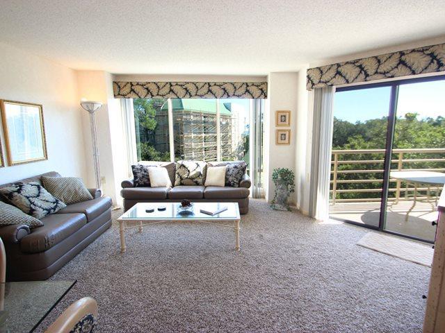 Living area - Villamare, 2415 - Hilton Head - rentals