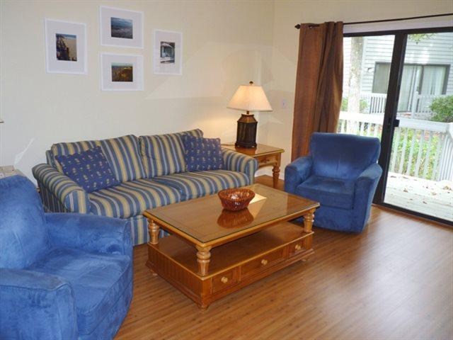 Living area - Ocean Breeze, 61 - Hilton Head - rentals