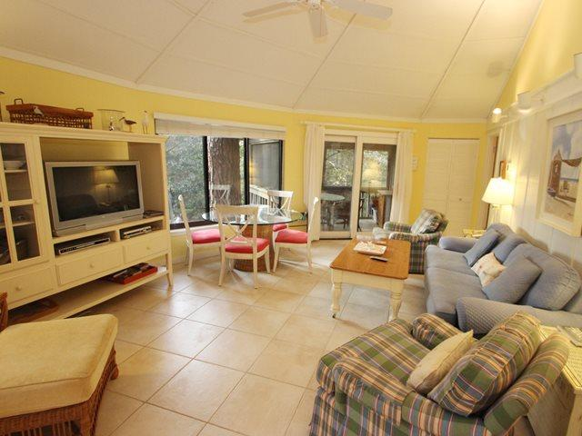 Living area - Night Heron, 35 - Hilton Head - rentals