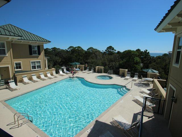 Pool on rooftop - North Shore Place, 101 - Hilton Head - rentals