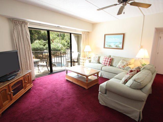 Living area - Forest Beach Villas, 110 - Hilton Head - rentals