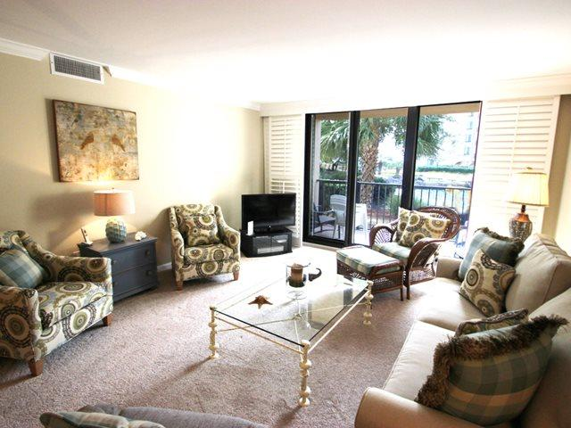 Living area 2 - Island Club, 6102 - Hilton Head - rentals