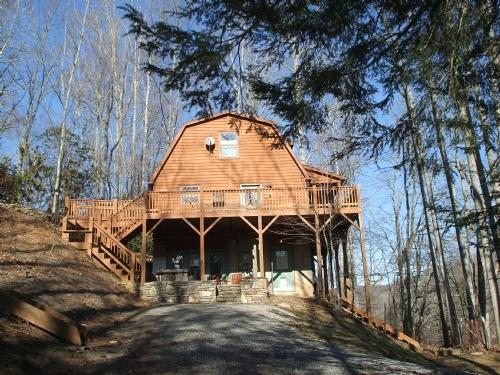 Black Bear Exterior During Winter Season - Black Bear Cabin - Ridgecrest - rentals