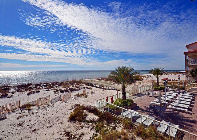 Beach Club B205 - Image 1 - Pensacola Beach - rentals