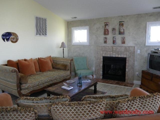 Living Room Too - Alphin IV - Topsail Beach - rentals