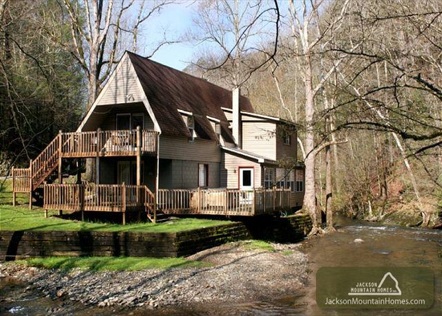 Brook Trout Chalet   On The River  Trout Fishing  Hot Tub  Free Nights - Image 1 - Gatlinburg - rentals